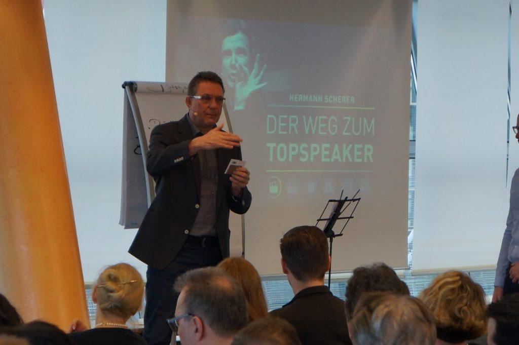 Bekenntheitsgrad als Redner steigern durch Radiointerviews