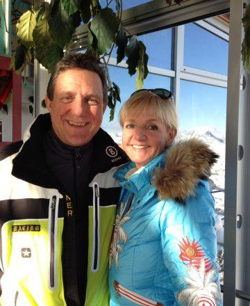 Heinrich Kürzeder mit der Skilegende Christa Kinshofer